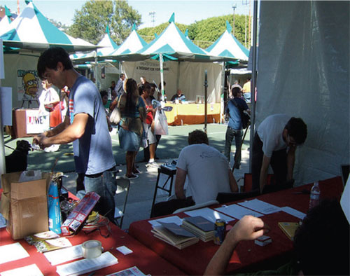 07-whbookfaire3